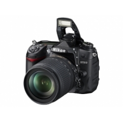Nikon D7000 with AF-S 18-105mm VR Kit Lens
